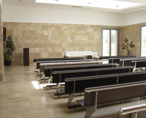 Sala ceremonias. Funeraria Virgen Blanca. Vitoria-Gasteiz. Álava. Araba. Servicios funerarios.