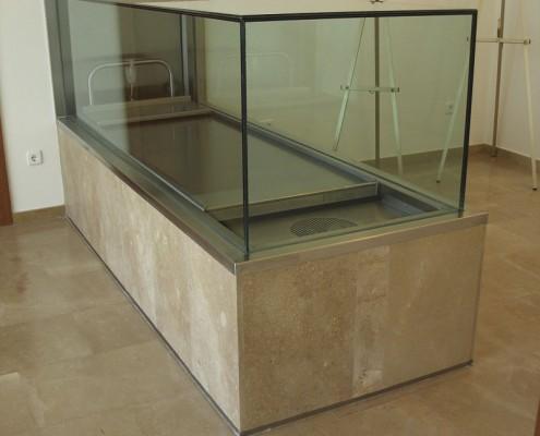 Salas de vela (sala grande). Funeraria Virgen Blanca. Vitoria-Gasteiz. Álava. Araba. Servicios funerarios.